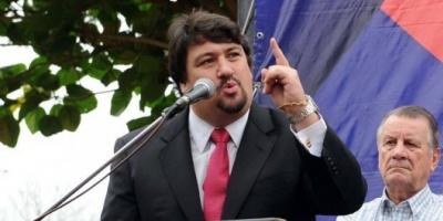 Escándalo en Misiones: el gobernador pagó $830 mil para sumar seguidores en Facebook