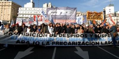 """Micheli: """"El Gobierno no quiere destinar un centavo a los trabajadores, elige a los buitres"""""""