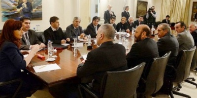 Nación y provincias petroleras firmaron un acuerdo para reformar la Ley de Hidrocarburos