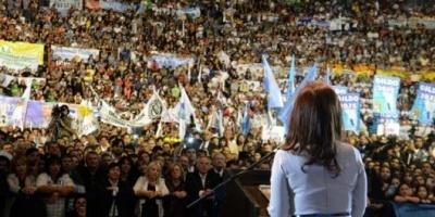 """Cristina Kirchner, a la oposición: """"Creen que votan contra un gobierno y votan contra los argentinos"""""""