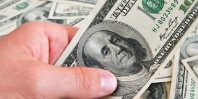 El dólar libre cierra la semana con leve baja a 15 pesos en la City