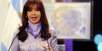 """Cristina dijo que le impresiona """"la naturalización y justificación del delito contra la economía de un país"""""""