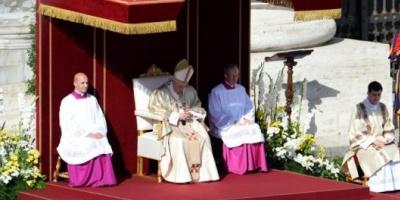 Francisco celebró los resultados del sínodo pese a que no logró incluir todas sus reformas