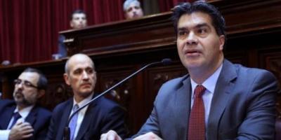 """Capitanich denunció en el Senado """"maniobras financieras que atentan contra la soberanía"""""""