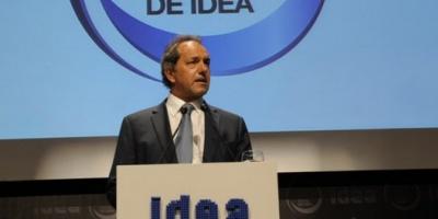 """El Gobierno volvió a cuestionar a IDEA y Scioli tildó de """"ingratas"""" las críticas de los empresarios"""