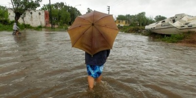 Buenos Aires: El temporal causó unos mil evacuados y Desarrollo Social asiste a los afectados