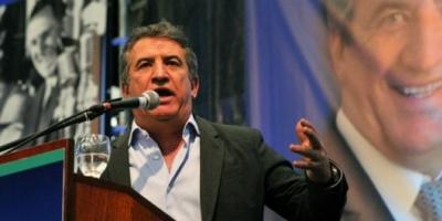 "Urribarri acusó a Massa de tener un plan ""privatizador"" para YPF"