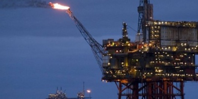 El petróleo se derrumbó a los precios de septiembre de 2009