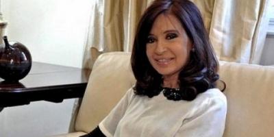 La Presidenta respaldó a Larroque, que repudió una tapa del diario Clarín