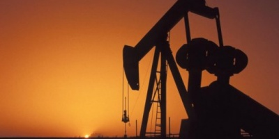El precio del petróleo no encuentra piso y retrocede 3%