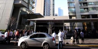 La policía realizó un nuevo operativo en la torre donde murió el fiscal Alberto Nisman