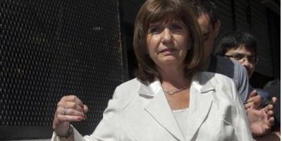 "Bullrich: ""Nisman me dijo que un agente había pasado información sobre él"""
