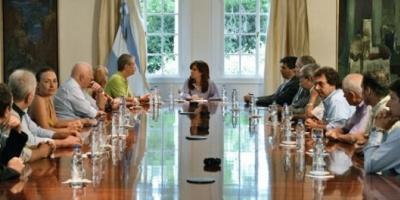 La Presidente recibió en Olivos a un grupo de familiares de víctimas del atentado a la AMIA