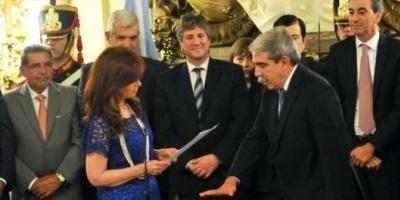 Aníbal Fernández juró como jefe de Gabinete y Wado De Pedro asumió como secretario de Presidencia