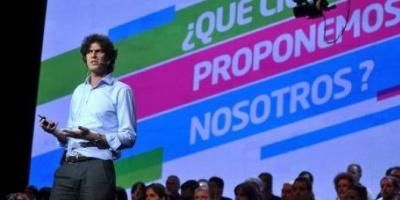 """Lousteau lanzó su precandidatura con fuertes críticas a las """"respuestas cosméticas"""" del PRO en la ciudad"""