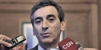 Randazzo dijo que está dispuesto a un debate con otros candidatos y uno cara a cara con Scioli
