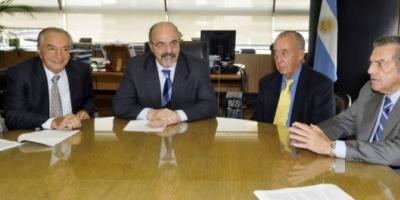 Comercio firmó el acuerdo por un 27% de aumento salarial