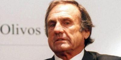 """Santa Fe: Carlos Reutemann podría ser expulsado del PJ por """"deslealtad"""""""