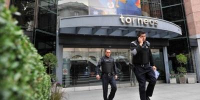 Allanaron las empresas de los argentinos acusados de corrupción en el escándalo de la FIFA