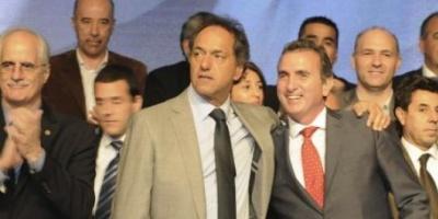 """En Mendoza, Scioli destacó la """"agenda de integración"""" del Frente para la Victoria"""