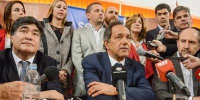 """La denuncia contra Aníbal """"es una movida de los que no pudieron cambiar sus chances electorales"""", dijo Scioli"""