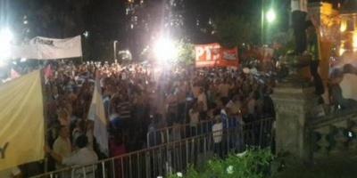 Nuevas protestas en Tucumán por las denuncias de fraude en las elecciones a gobernador