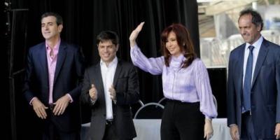 """Cristina: """"Estamos en la vía de la recuperación de los trenes para todos los argentinos"""""""
