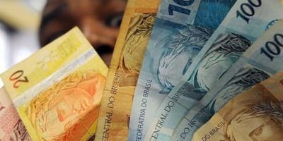El dólar en Brasil saltó a 3,76 reales, récord en 12 años