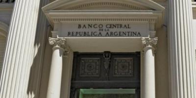 El Gobierno pagará mañana un vencimiento por USD 5.900 millones y emitirá un nuevo bono