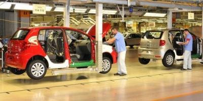 Crisis automotriz: Volkswagen suspendió a 350 empleados de su planta de Córdoba