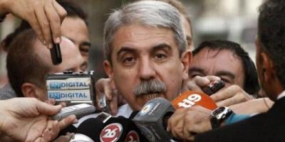 """El juez Bonadio citó a indagatoria a Aníbal Fernández por irregularidades en la licitación del """"plan Qunita"""""""
