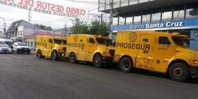 Curioso movimiento de camiones de caudales sorprendió a Santa Cruz