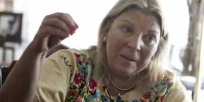 """Carrió reclamó una Justicia independiente y le pidió a Macri que """"retire"""" a Angelici"""