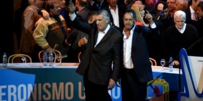 """José Luis Gioja y Daniel Scioli asumieron en el PJ y pidieron """"trabajar todos juntos"""" de cara al 2017"""