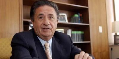 "Duhalde busca reorganizar el PJ para un ""peronismo que ayude a gobernar a Macri"""