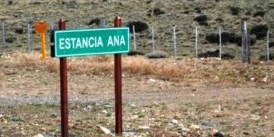 Con picos y palas, asaltaron una de las estancias de Lázaro Báez en Santa Cruz