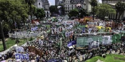 Trabajadores estatales contra la CGT: Anunciaron un paro nacional para el martes
