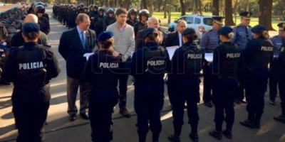 Santa Fe: destituyeron en a 13 policías implicados en casos de corrupción y de narcotráfico