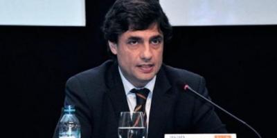 """""""O nos endeudamos o aumentamos impuestos"""", dijo Lacunza por el bono de fin de año"""