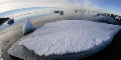 La Argentina y China firmaron un convenio de cooperación para la Antártida