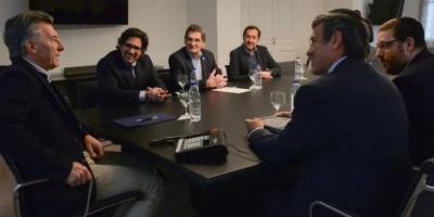 Macri recibió a las autoridades de la AMIA y se comprometió a ratificar las circulares rojas ante Interpol