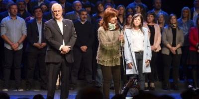 """Cristina Kirchner: """"No les pido que me voten a mí, voten por ustedes mismos para defenderse"""""""