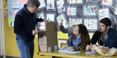 """La elección """"marcha bien en todo el país"""", dijo Macri"""