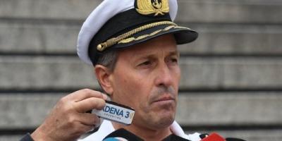 """ARA San Juan: """"El color del submarino y el estado del mar hacen muy difícil la búsqueda"""""""