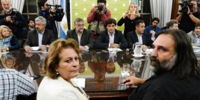 """El Gobierno defendió el decreto que le quita poder a CTERA: """"Durante diez años se escuchó una sola voz"""""""