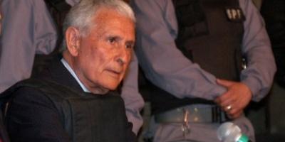 La Justicia revocó la prisión domiciliaria de Miguel Etchecolatz