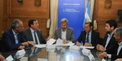 Los gobernadores opositores se plantan ante la Casa Rosada por el recorte del Fondo Sojero