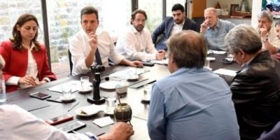 Sergio Massa recibió a gremialistas que convocan al paro de mañana