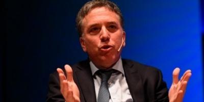 """Dujovne dijo que """"en nada ayudan"""" las declaraciones de Massa en Washington sobre el FMI"""