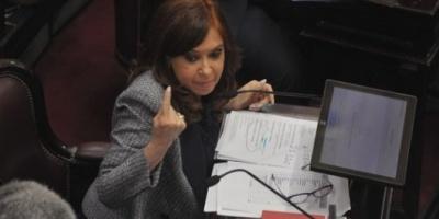 Juicio a Cristina Kirchner por la obra pública: la Justicia secuestró 11 mil cheques por más de 400 millones de pesos